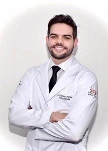 Dr. Helton Bruno